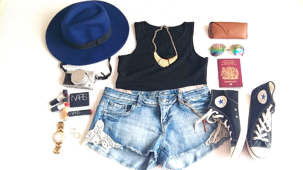 How to pack right and travel light! Summer Travel Essentials!